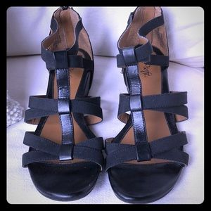 Euro Soft by Sofft - black leather 9M Sandals